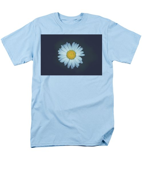 Men's T-Shirt  (Regular Fit) featuring the photograph Daisy  by Shane Holsclaw