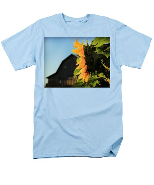 Men's T-Shirt  (Regular Fit) featuring the photograph Early One Morning by Chris Berry