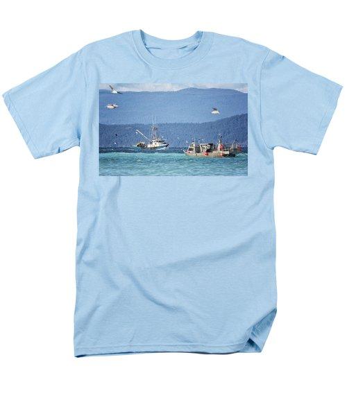 Men's T-Shirt  (Regular Fit) featuring the photograph Elora Jane by Randy Hall