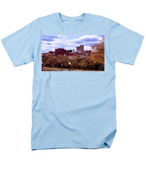 Fairmont West Virginia Men's T-Shirt  (Regular Fit) by L O C