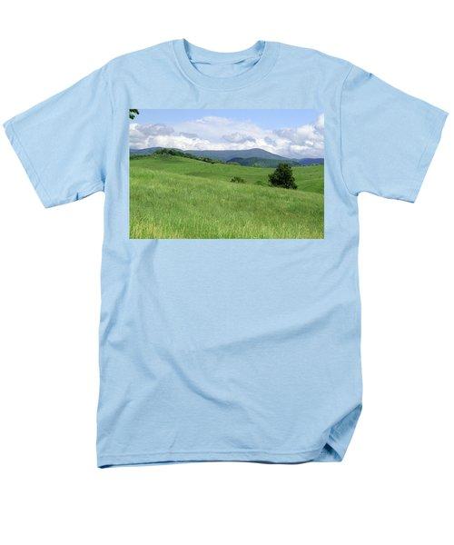 Fields And Hills  Men's T-Shirt  (Regular Fit)