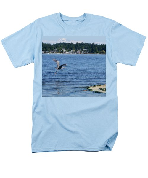 Men's T-Shirt  (Regular Fit) featuring the photograph Great Blue Heron by Peter Mooyman