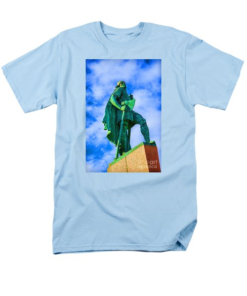 Men's T-Shirt  (Regular Fit) featuring the photograph Green Leader by Rick Bragan