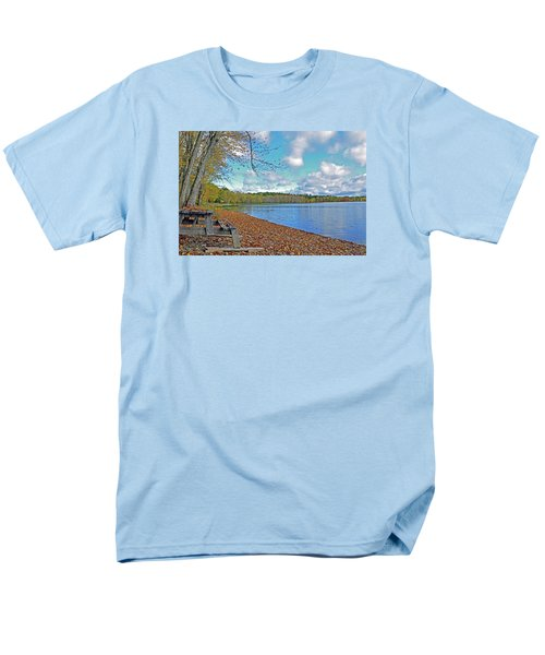 Fall Picnic In Maine Men's T-Shirt  (Regular Fit)