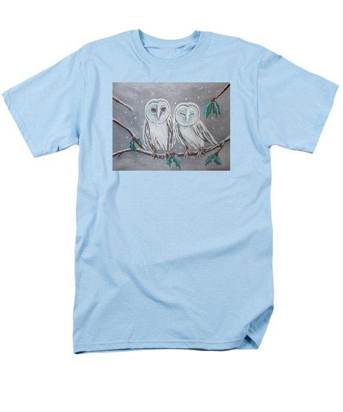 Hiboux En Hiver Men's T-Shirt  (Regular Fit) by Victoria Lakes