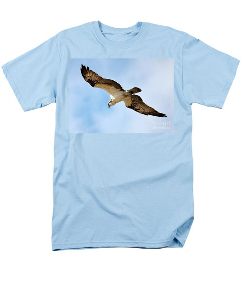 Hunter Osprey Men's T-Shirt  (Regular Fit) by Carol Groenen
