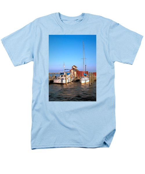 Men's T-Shirt  (Regular Fit) featuring the photograph Laid Back by Marion Johnson