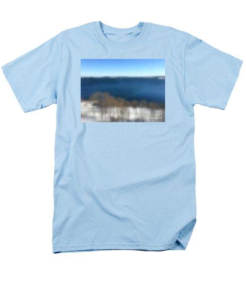 Minimalist Soft Focus Seascape Men's T-Shirt  (Regular Fit)