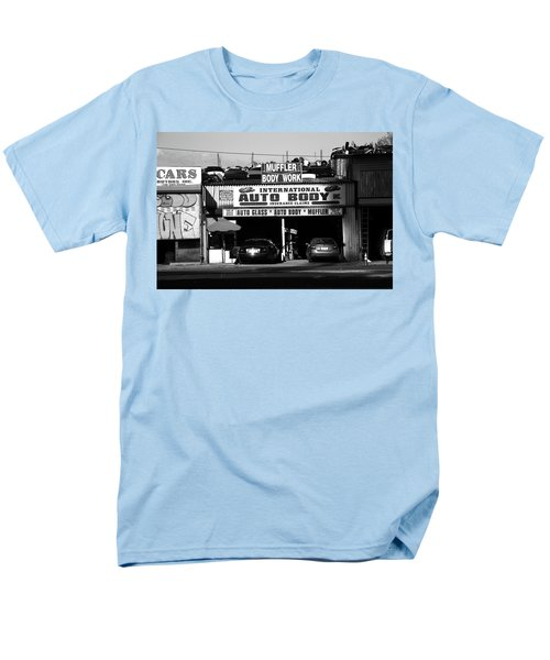 Men's T-Shirt  (Regular Fit) featuring the photograph New York Street Photography 69 by Frank Romeo