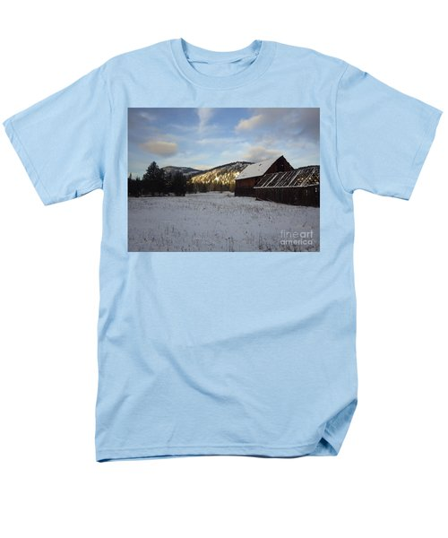 Men's T-Shirt  (Regular Fit) featuring the photograph Old Barn 2 by Victor K