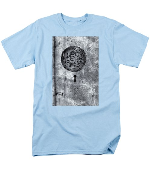 Men's T-Shirt  (Regular Fit) featuring the photograph Old Doorknob by Tom Singleton
