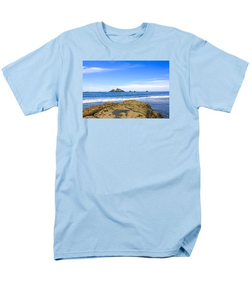 Pacific North West Coast Men's T-Shirt  (Regular Fit) by Chris Smith
