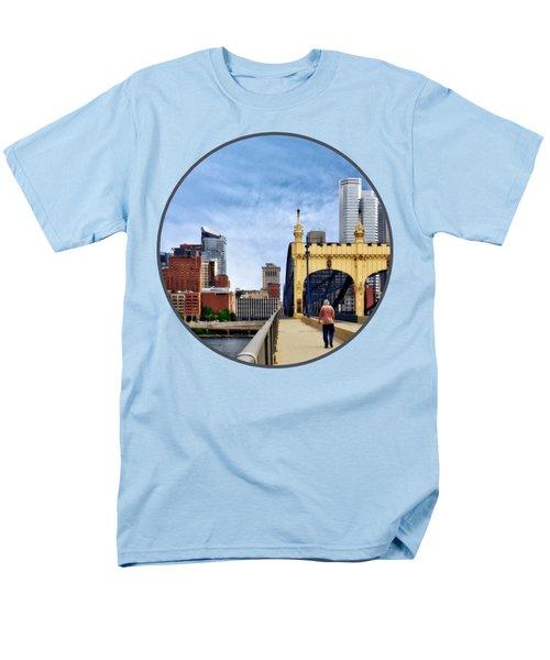 Pittsburgh Pa - Crossing The Smithfield Street Bridge Men's T-Shirt  (Regular Fit) by Susan Savad