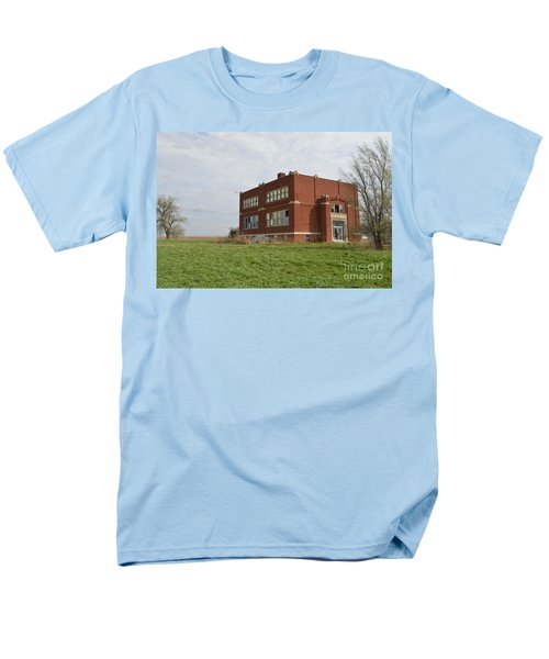Primrose Nebraska School Men's T-Shirt  (Regular Fit) by Renie Rutten