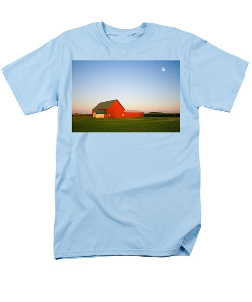 Red Barn And The Moon Men's T-Shirt  (Regular Fit) by Alexey Stiop