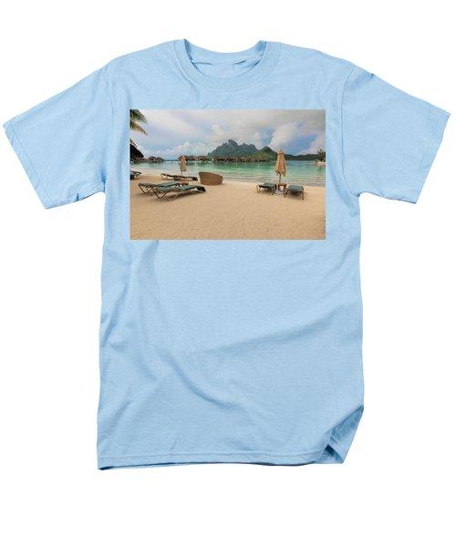 Men's T-Shirt  (Regular Fit) featuring the photograph Resort Life by Sharon Jones