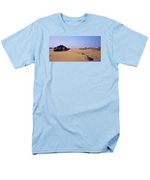 Rock Pools Men's T-Shirt  (Regular Fit) by Richard Brookes