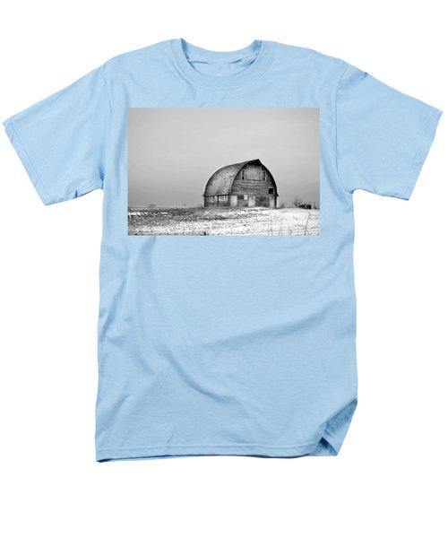 Royal Barn Bw Men's T-Shirt  (Regular Fit) by Bonfire Photography