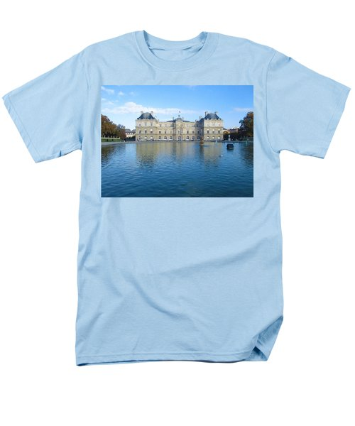 Men's T-Shirt  (Regular Fit) featuring the photograph Senat From Jardin Du Luxembourg by Christopher Kirby