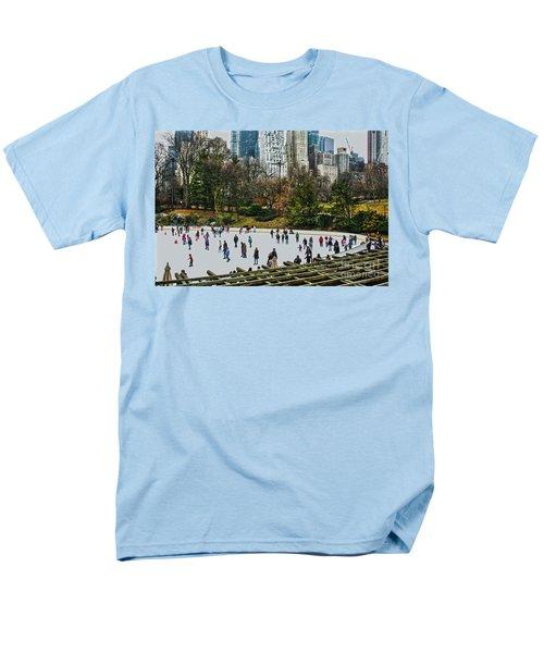 Skating At Central Park Men's T-Shirt  (Regular Fit) by Sandy Moulder