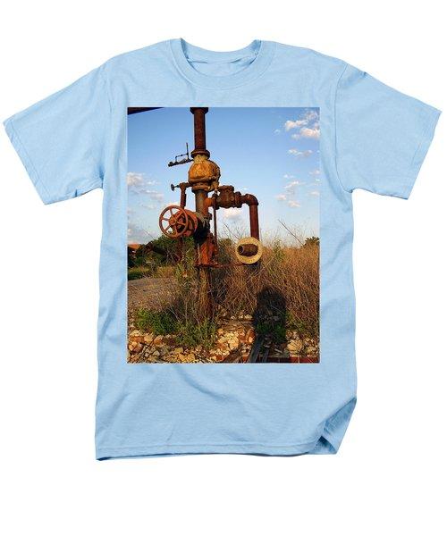 Still Here Men's T-Shirt  (Regular Fit) by Flavia Westerwelle