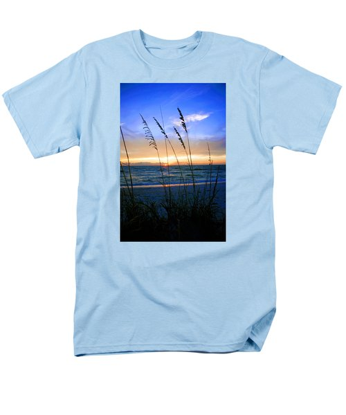 Sunset Thru The Sea Oats At Delnor Wiggins Men's T-Shirt  (Regular Fit) by Robb Stan