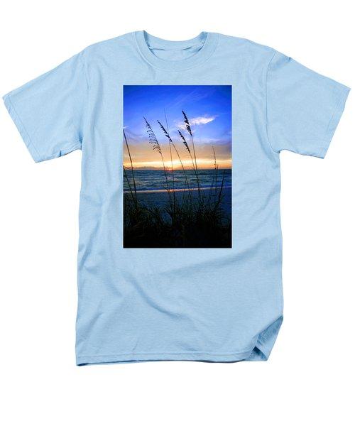 Sunset Thru The Sea Oats At Delnor Wiggins Men's T-Shirt  (Regular Fit)