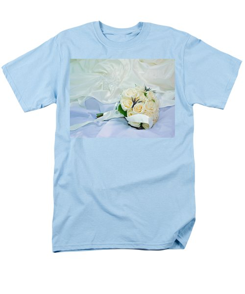 Men's T-Shirt  (Regular Fit) featuring the photograph The Bouquet by Keith Armstrong