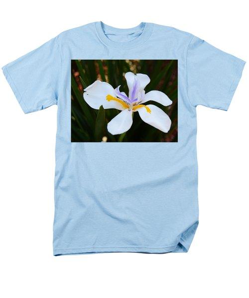The Legacy African Iris Men's T-Shirt  (Regular Fit) by Warren Thompson