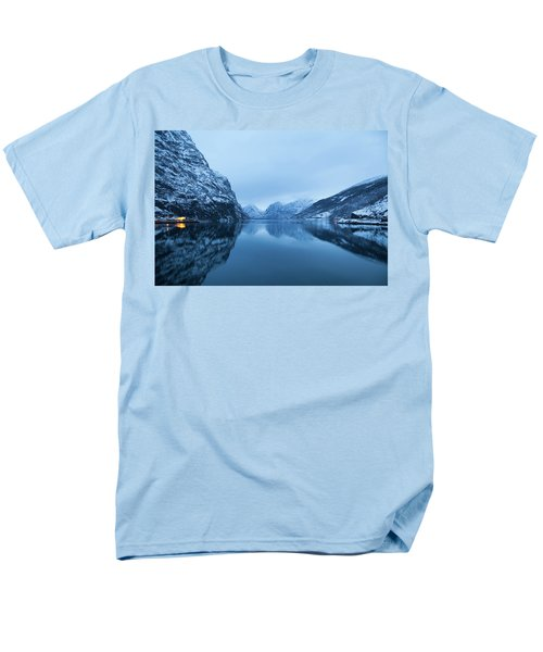 The Stillness Of The Sea Men's T-Shirt  (Regular Fit) by David Chandler