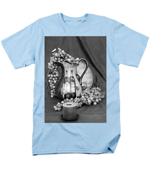 Men's T-Shirt  (Regular Fit) featuring the photograph Tour Of Italy In Black And White by Sherry Hallemeier