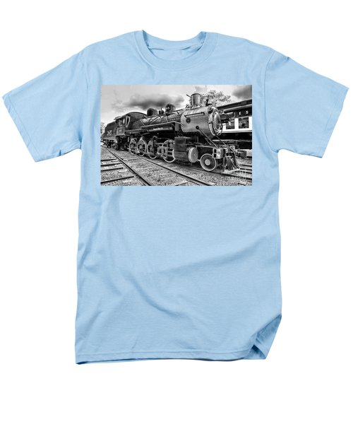 Train - Steam Engine Locomotive 385 In Black And White Men's T-Shirt  (Regular Fit) by Paul Ward