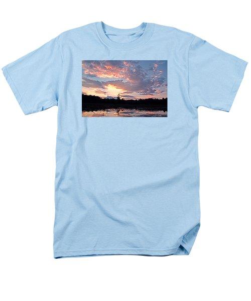 Twilight Glory Men's T-Shirt  (Regular Fit) by Lynda Lehmann