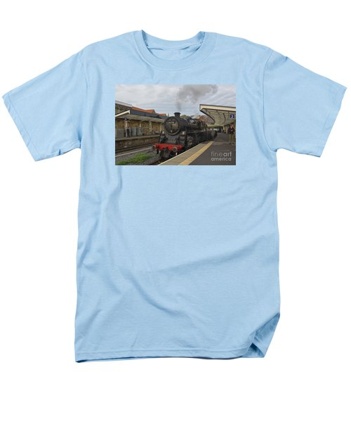 Whitby Station Men's T-Shirt  (Regular Fit) by David  Hollingworth