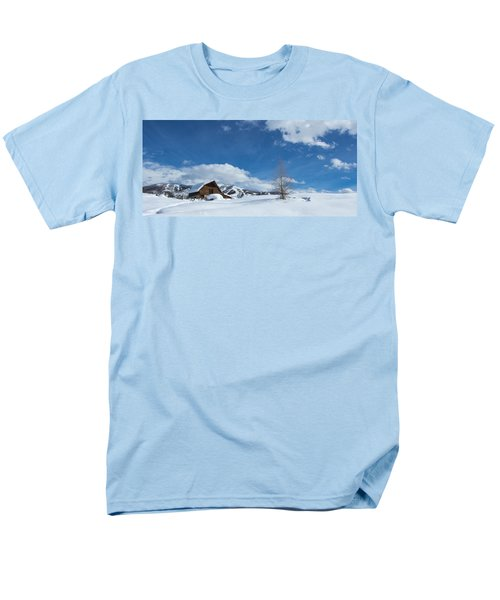 Winter In The Rockies Men's T-Shirt  (Regular Fit)