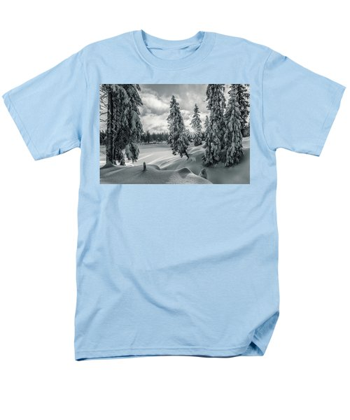 Winter Wonderland Harz In Monochrome Men's T-Shirt  (Regular Fit) by Andreas Levi