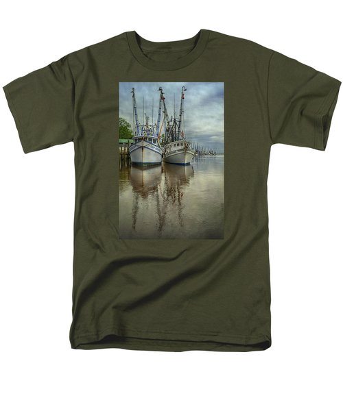 Men's T-Shirt  (Regular Fit) featuring the photograph Docked by Priscilla Burgers