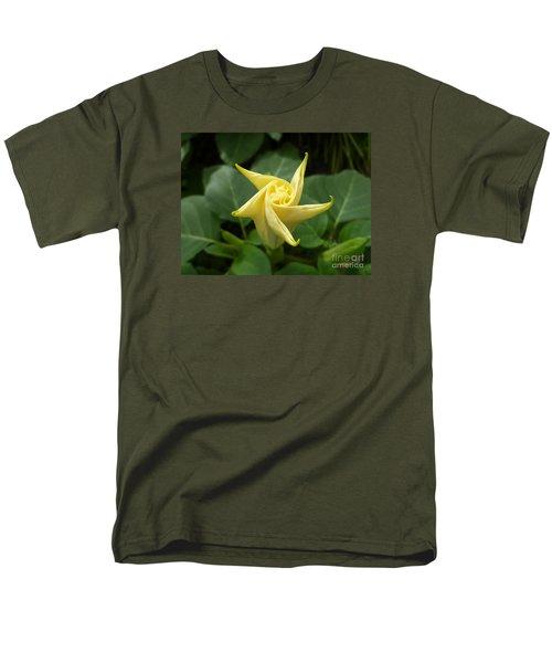 A Star Is Born 001 Men's T-Shirt  (Regular Fit) by Lingfai Leung