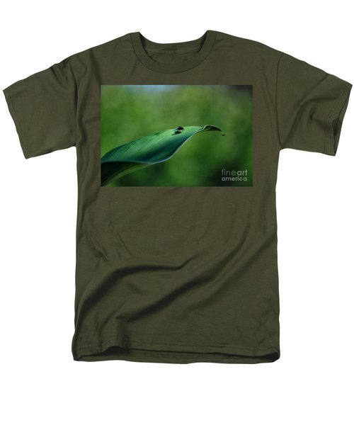 Men's T-Shirt  (Regular Fit) featuring the photograph A Fly And His Shadow by Thomas Woolworth