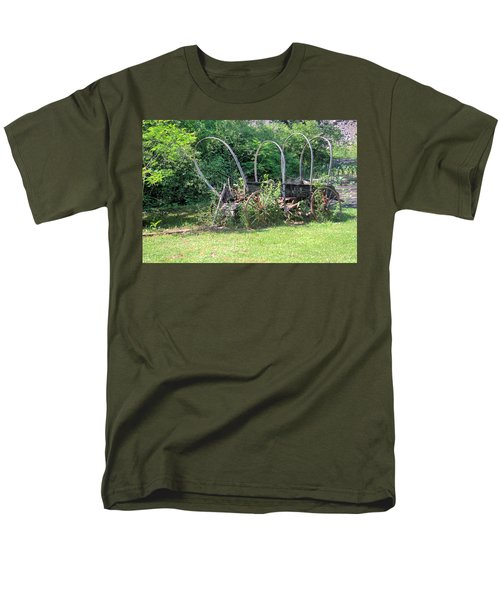 Men's T-Shirt  (Regular Fit) featuring the photograph Abandoned by Gordon Elwell