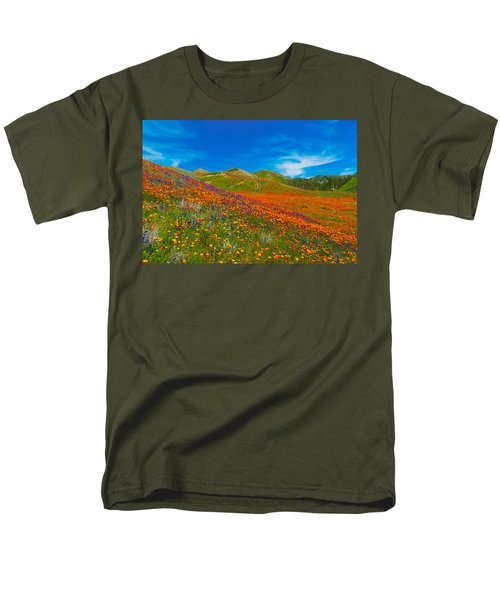 An Ocean Of Orange  Men's T-Shirt  (Regular Fit) by Lynn Bauer