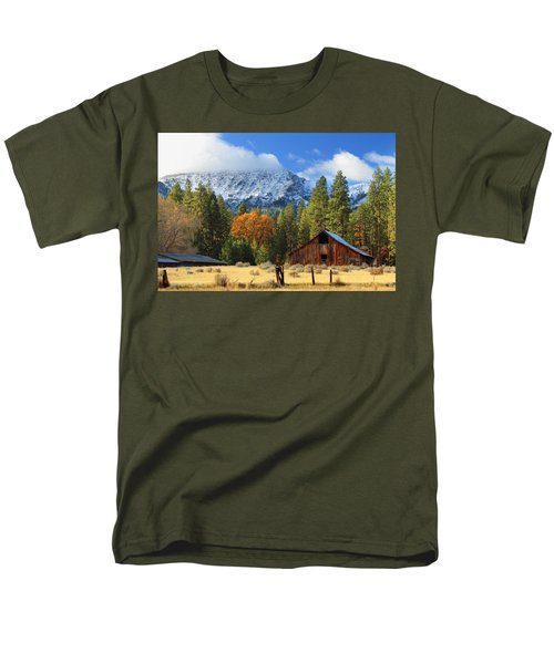 Autumn Barn At Thompson Peak Men's T-Shirt  (Regular Fit) by James Eddy