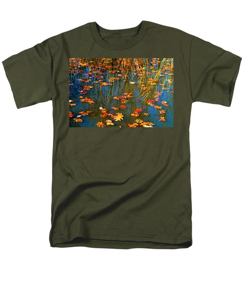 Men's T-Shirt  (Regular Fit) featuring the photograph Autumn  Floating by Peggy Franz
