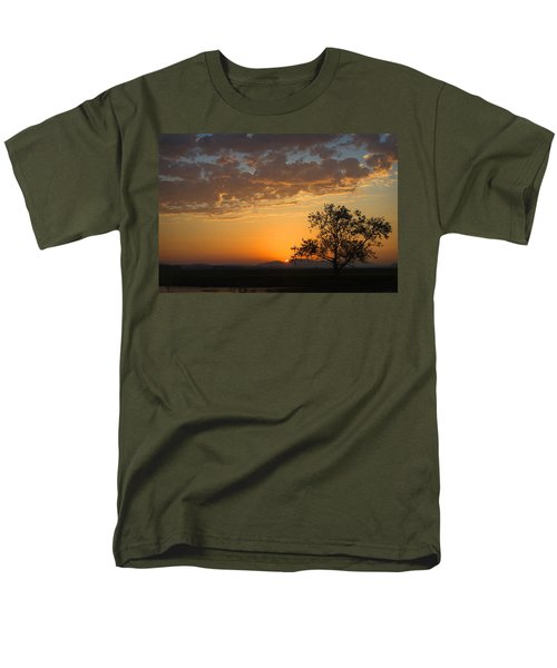 Men's T-Shirt  (Regular Fit) featuring the photograph Bayview Sunset by Sonya Lang