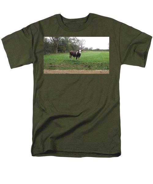 Black And White Bull Men's T-Shirt  (Regular Fit) by John Williams