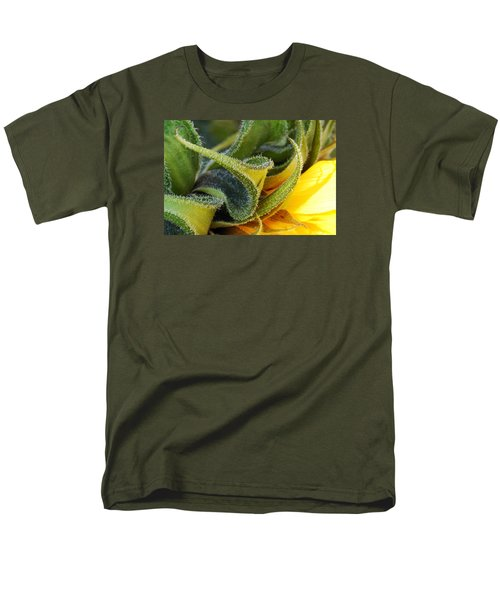 Men's T-Shirt  (Regular Fit) featuring the photograph Celebration Sunflower by Wendy Wilton