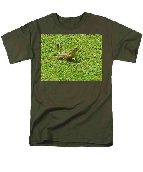 Curly-tailed Lizard Men's T-Shirt  (Regular Fit) by Ron Davidson