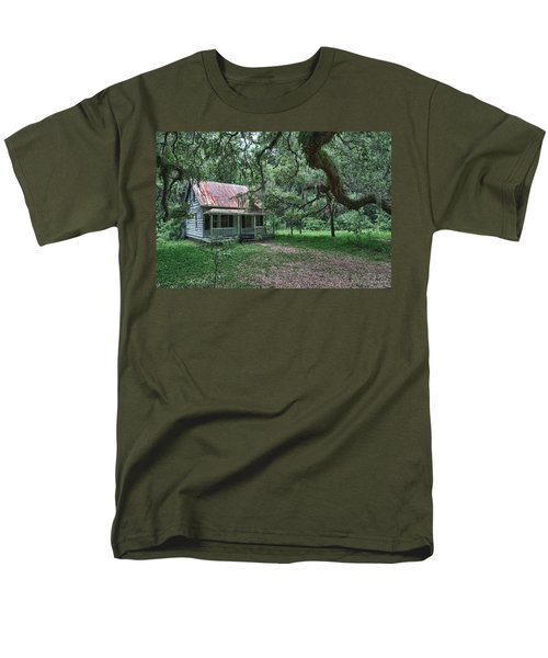 Daufuskie Homestead Men's T-Shirt  (Regular Fit)
