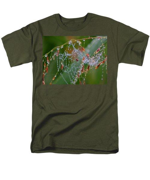 Men's T-Shirt  (Regular Fit) featuring the photograph Dewdrop Inn by Dianne Cowen