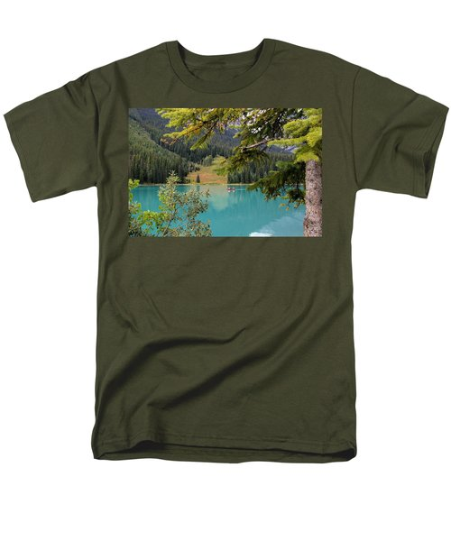 Emerald Lake British Columbia Men's T-Shirt  (Regular Fit)